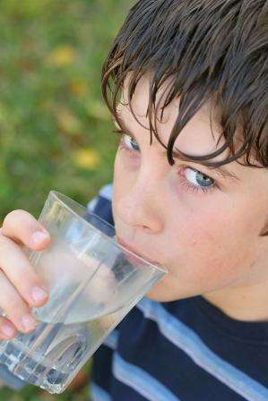 Action affineur Acquavitaée eau du robinet affiné